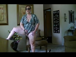 Bbw milf striptease from desirebbws com