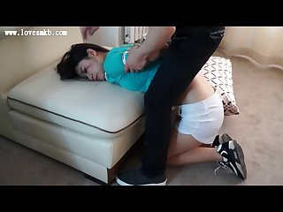 Home invaded a Chinese girl get tied