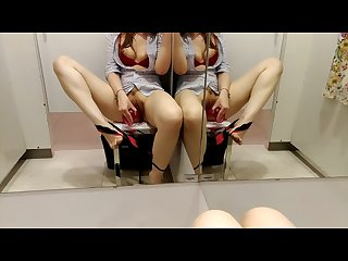 Risky squirt in public changing room i emmanuelle chaturbate