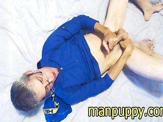 Dilf cam show cum manpuppy
