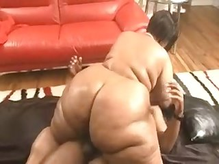 Ebony redbone bbw taking bbc