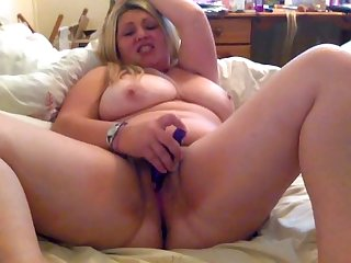 Uk chubby camgirl