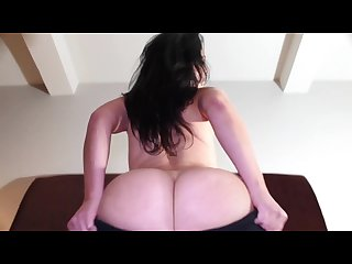 Milf jackie stevens tugs yoga pants up over thick white ass