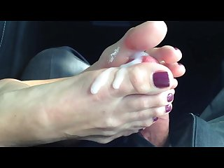 hot-lady-eating-and-fucking-beautiful-toes