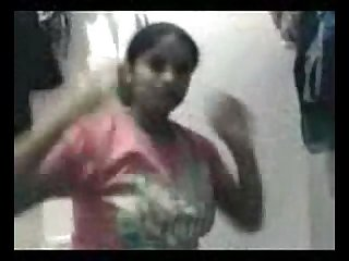 Desi college girl home made fun with her cousin mms low qaulity