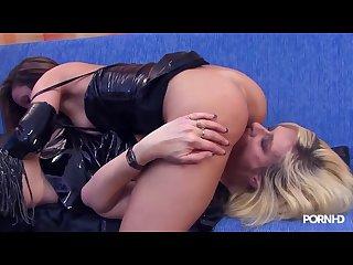 Marin mont na mature lesbian fisting