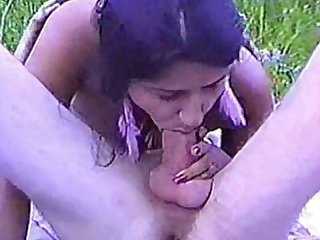 Natural slut goes on a picnic fuck