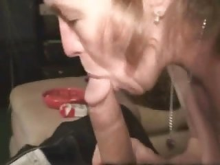 Wild mature crackhead sucks dick of the cameraman