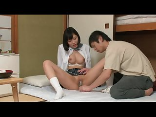 Japans schoolmeisje die live in een kast Het geheim 03