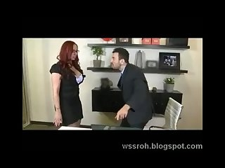 Kelly divine gets blackmaled