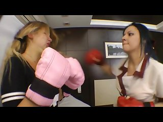 Realfight boxing meg x vs paulinha