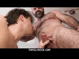Familydick Muscle daddy barebacks stepson