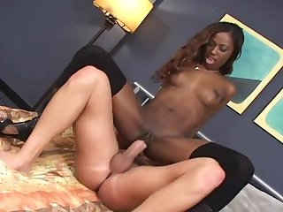 White man loves fucking this ebony goddess india