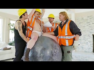 Construction workers get a gangbang relief