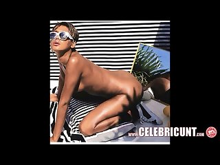 Nude black celebrity rihanna shows boobs and shaved cunt