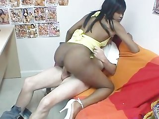 Ebony amateurs 6 scene 1