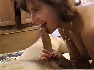 Amateur milf gives a great blowjob