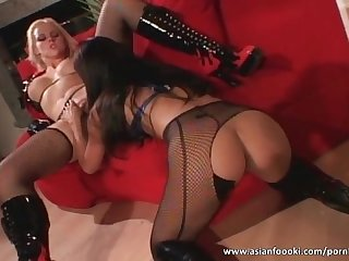 Stunning asian chick fuck hot blonde whore