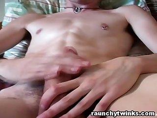 Gorgeous hunk sean tyler masturbates