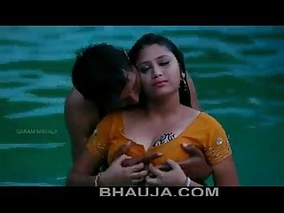 Hot mamatha Romance with boy friend in swimming pool bhauja com