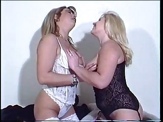 Lesbian friends fucks together