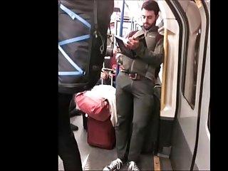 Malas armadas no metro bulge