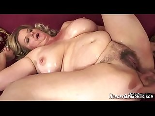 What is her name quest who is she quest blonde milf big boobs