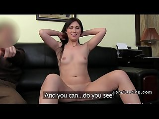 Amateur babe gets fucked at casting