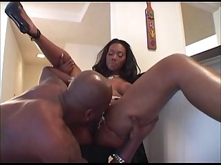 Sexy big booty ebony MILF gets fucked for cash