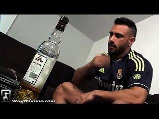 Aprovechando del amigo borracho