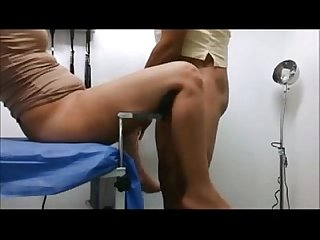 Indian juicy tits bhabhi fucked by doctor in his lab