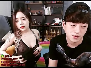 Korean girlfriend shows her tits live at livekojas com