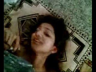 Desi cute girl friend sapna mms sex with rakesh in room