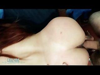 HARDCORE: novinha sendo castigada e levando gozada na boca
