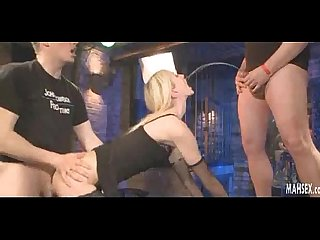 Blonde babe gives blowjobs and gets peeing on her nice face