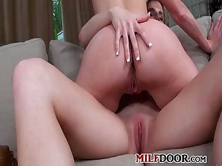 Lesbian hard sex with classy older pornographic actress
