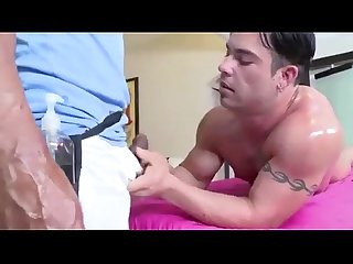 Straight dude wants masseurs cock orally
