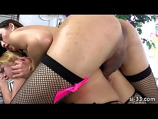 Hot asian shemale venus lux hooks up with female darling
