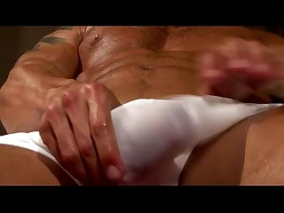 Muscley hot cody cumming hunk