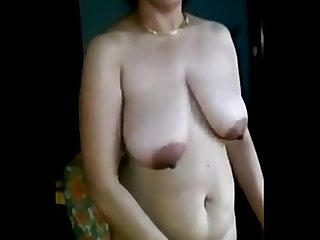 Desi Superhorny mallu aunty shows her lovely body and fucked badly // Watch Full 25 min..