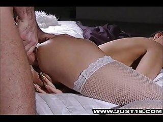 Hot pussy alexa takes cumshot facial