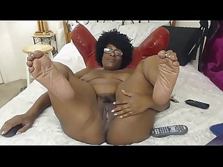 Milf ebony does camshow blacksonmoms co