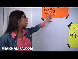Mia khalifa arab expert cock sucker gives friend blowjob lessons