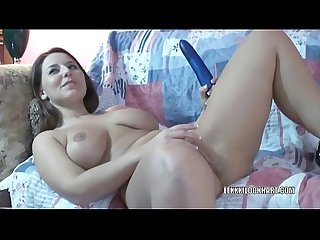 Horny housewife lexxxi fucks her toy
