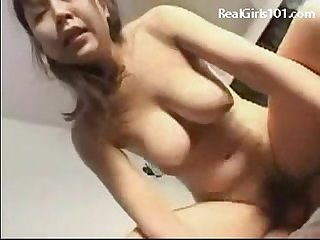 Hot babe squirting