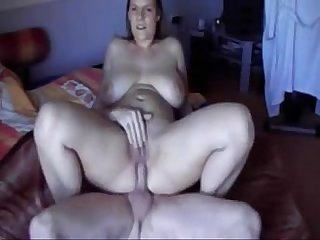 Chubby girl gets creampie on homemade sextape - mywildcam.com