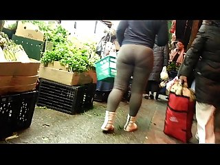 Candid omg bubbled out brown spandex booty of nyc 2