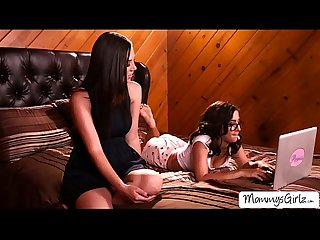 Beautiful ladies jelena and april adores pussy tribbing