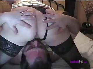Cuckold hubby waits under pussy to eat sperm