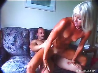 Milfsonly blogspot com tanlined ann needs a cock in her pussy